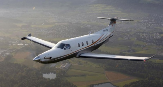 Watch moreover Beechcraft 1900 additionally Fractional Pilatus Pc12 likewise Antonov An 32 as well Twin Otter Extended Review. on twin engine turboprop cargo