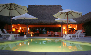 pool-at-night-300