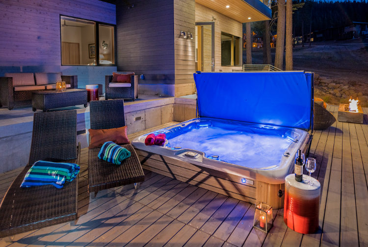 Equity Residences Tahoe hot tub