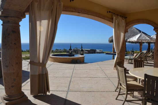 Equity Estates cabo pool