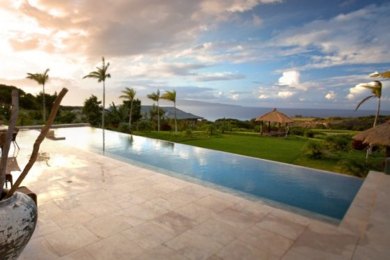 Equity Estates Maui Pool