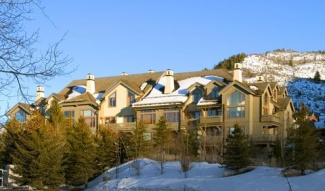 Vail Ultimate PineCone Lodge