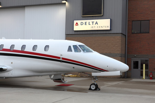 Delta Private Jets, Jet Center
